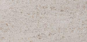 Pedra Moca Creme GM CT com acabamento amaciado.